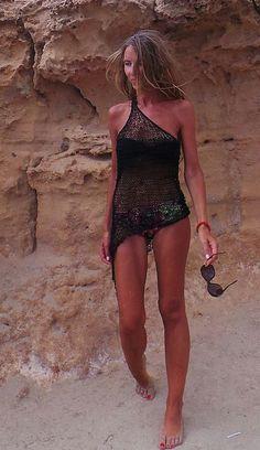 Vestido negro de playa negra pura vestido asimétrico por ileaiye