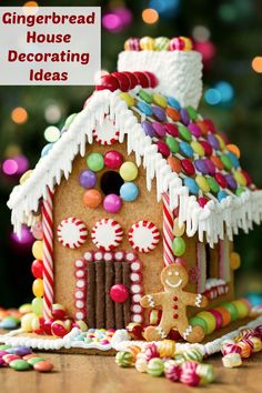 Gingerbread House Ideas - gingerbread house decorating ideas, links to house templates and gingerbread recipe. Making gingerbread houses is one of our favorite Christmas traditions! Gingerbread House Designs, Gingerbread House Parties, Christmas Gingerbread House, Noel Christmas, Christmas Goodies, Christmas Desserts, Christmas Treats, Gingerbread Man, Gingerbread Village