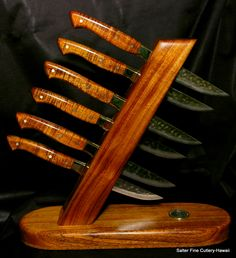 knife sets custom made to order. 6 pc set in display stand.SalterFineCutlerySteak knife sets custom made to order. 6 pc set in display stand.