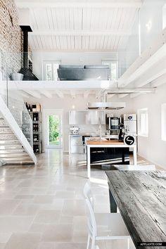 Wonderful_Italian_Villa_Renovation_afflante_com_2 without the glass