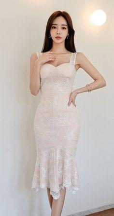 Cute Korean Fashion, Korean Fashion Summer Casual, Korean Fashion Dress, Korean Street Fashion, Winter Fashion Outfits, Fashion Dresses, Midi Dresses, Fashion Men, Fashion Trends