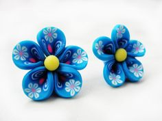 12pcs Polymer Clay fimo flowers 20mm, cabochon, may flowers, pink and white. $7.10, via Etsy.