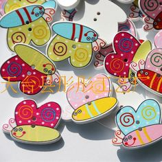 2015 new Wooden Sewing Button Scrapbooking Bees for craft Two Holes 29*21mm…