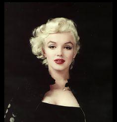 Size 0? No thanks, I'll take Marilyn any day!  #marilynmonroe
