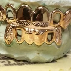 #customjewelry #Goldteeth #Grillz #Chicago Call or Text (312)925-5217 online http://www.chigrillz.com & http://www.chi-grillz.com
