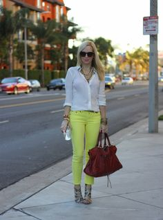 Love white and yellow shades!