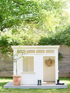 Adorable Modern Playhouse by — iron & twine - Modern Design Modern Playhouse, Backyard Playhouse, Build A Playhouse, Playhouse Decor, Kids Outdoor Playhouses, Playhouse Ideas, Cubby Houses, Play Houses, Outdoor Spaces