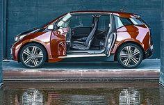 Nuevo en la plaza. BMW lanzará en noviembre su primer eléctrico, un coche de 4 metros y autonomía de 160 kilómetros
