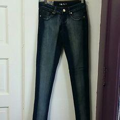 Jeans Skinny jeans dark blue. Brand new Pants Skinny