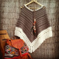 Captivating Crochet a Bodycon Dress Top Ideas. Dazzling Crochet a Bodycon Dress Top Ideas. Poncho Au Crochet, Crochet Poncho Patterns, Crochet Scarves, Crochet Clothes, Crochet Baby, Crochet Bikini, Knit Crochet, Hippie Crochet, Waffle Stitch