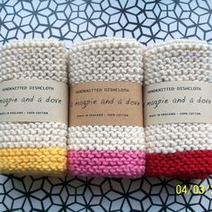 Love this idea for housewarming/newlyweds.love the neutral and bright color combo as well.(Set of 3 Hand knitted cotton dishcloths I know these are knit but would look great as crochet as well:) Yarn Projects, Knitting Projects, Crochet Projects, Loom Knitting, Hand Knitting, Knitting Patterns, Knit Dishcloth Patterns, Knitted Washcloths, Crochet Dishcloths