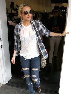 lindsay lohan: lazy day outfit. Not that I want to take any advice from Lindsay Lohan, but this outfit is kinda cute.