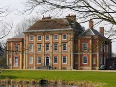 Milton Manor House, Milton, Abingdon, Oxfordshire, England. An elegant 18th century house built by Inigo Jones for Bryant Barrett, lacemaker to King George III.