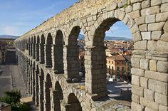 De ruta por #Segovia, una ciudad Patrimonio de la Humanidad. #viajes #travel #acueducto #ruta #ciudad