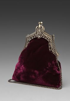 Oh I love this!!!! A Velvet clutch!