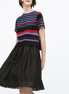 Women's Striped T-Shirt - Black / Red / Short sleeve
