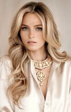 Beautiful hair inspiration for long hair for the fall...love!