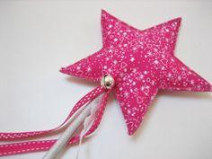 Baguette magique de fée étoilée rose petits pois et argent : Jeux, jouets par au-zizile-bazar