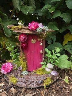 Terrarium Supplies, Miniature Fairy Gardens, Miniature Houses, Fairy Wands, Fairy Furniture, Garden Terrarium, Fairy Garden Accessories, Beautiful Fairies, Fairy Doors