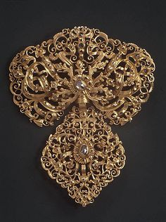 Corsage ornament                                                                                 Date:                                      18th century