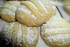 Butterhupferl 24 Yummy Cookies, Baked Potato, Food And Drink, Sweets, Bread, Baking, Ethnic Recipes, Desserts, Advent