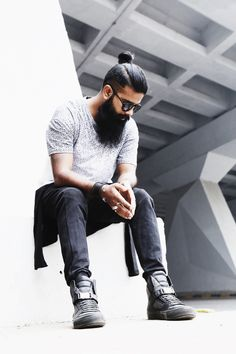 ALL BLACK AND WHITE /  Beard | Black and White | Blogger | Delhi | Fashion | Blogger | Fashion Blogger | Forever21| Forever21 India | Forever21 Men | India | Men's Fashion | Men's Style | Menswear | OOTD | Streetstyle | Style | Style Blog | Style Blogger | Zara |  Zara India