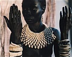 Stunning African necklace by Ferouz Allali in Togo in partnership with the Togo Business Woman