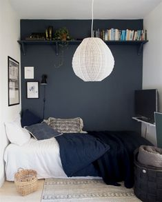 small bedroom design , small bedroom design ideas , minimalist bedroom design for small rooms , how to design a small bedroom Single Bedroom, Small Room Bedroom, Cozy Bedroom, Home Decor Bedroom, Bedroom Art, Master Bedroom, Very Small Bedroom, Small Bedroom Colours, Small Bedroom Interior