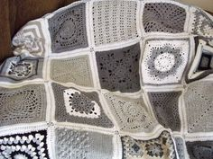 ♥ grey/linen/white color combo ~granny squares