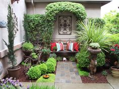 A Pleasant Welcome - Cozy, Intimate Courtyards on HGTV