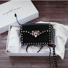women handbags and purses Valentino Bags, Gucci Bags, Backpack Purse, Purse Wallet, Backpack Outfit, Mini Backpack, Handbags Michael Kors, Purses And Handbags, Chanel Handbags