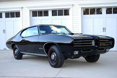 Future Classics llc - #1 Classic Car Dealership in the Northeast! 732-370-8800