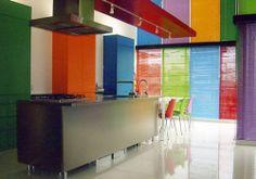 Cocina japonesa moderna multicolor • Modern coloured kitchen area, by japanese design 'Toyo kitchen'