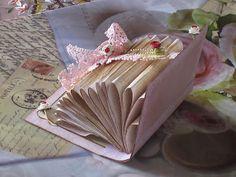 A creative place for Cards, Dies and Paperdesign: Nostalgisches Deko Buch
