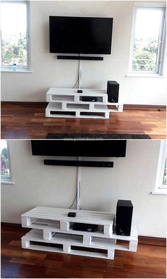 There are many types and styles of TV stand available in the market, but the Pallet tv stand made at home using the reclaimed pallets show the creativity of the individual. See the TV stand yourself a(Diy Pallet Tv Stand) Pallet Furniture Tv Stand, Pallet Tv Stands, Diy Furniture, Pallet House, Pallet Patio, Pallet Beds, Swivel Tv Stand, Pallet Wall Art, Diy Tv Stand