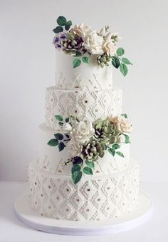 Featured Cake:Coco Paloma Desserts;www.cocopalomadesserts.com; Wedding cake idea.