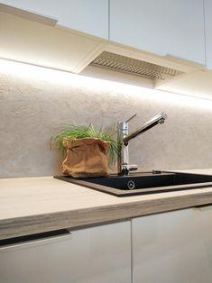 Uudenkarheaa - Unique Home Modern Kitchen Cabinets, Modern Kitchen Design, Kitchen Interior, Room Interior, Kitchen Dining, New Kitchen Inspiration, Contemporary Interior Design, Home Kitchens, Interior Decorating