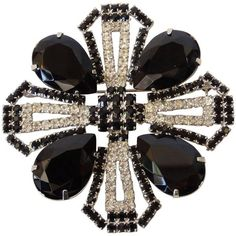 Preowned Vintage Black Crystal Rhinestone Brooch ($350) ❤ liked on Polyvore featuring jewelry, brooches, black, crystal brooch, vintage broach, vintage jewelry, rhinestone brooches and vintage pins brooches