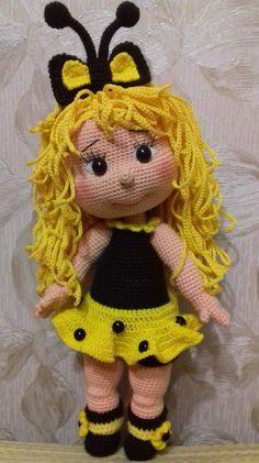 Knitted Dolls, Crochet Dolls, Crochet Hats, Crochet Bee, Fabric Toys, Waldorf Toys, Amigurumi Doll, Stuffed Toys Patterns, Gifts For Girls