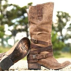 Check out our gorgeous new DAKOTA boots! #newarrivals #shoegame #love