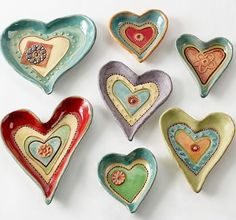 Heart Dishes by Laurie Pollpeter Eskenazi. Vibrant colors bring out the whimsical patterns and textures of these hand-built stoneware clay dishes. Perfect as gifts, they add artistry to your decor while holding anything from candy to jewelry. Ceramics Projects, Clay Projects, Clay Crafts, Arts And Crafts, Ceramic Clay, Stoneware Clay, Ceramic Pottery, Kids Clay, Sculptures Céramiques