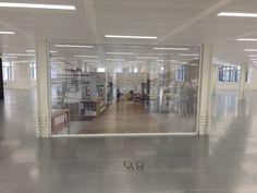 Adelphi - On floor Contravision Screen