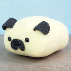 Mini Pug Loaf! at shanalogic.com OMG! This is so cute!!