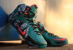 "Nike Lebron 12 ""Akron Birch"" (Christmas Pack)"