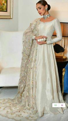 Asian Wedding Dress Pakistani, Pakistani Fashion Party Wear, Pakistani Dresses Casual, Pakistani Dress Design, Pakistani Engagement Dresses, Pakistani Gowns, Pakistani Bridal Couture, New Bridal Dresses, Desi Wedding Dresses