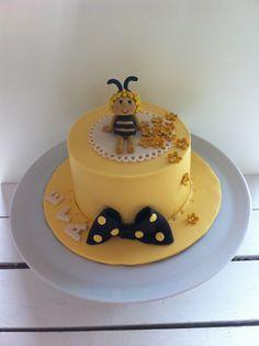 Beecake, beemaya, yellowcake, cake