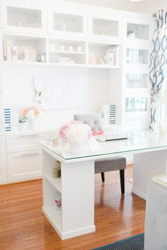Home Office Decor. Office at home and home study fashion hints, incorporating tips for a tiny area, desk choices, styles, and units. Carve out a workplace at your house that you won't mind getting work finished in. 59795884 5 Home Office Decorating Ideas Mesa Home Office, Home Office Space, Home Office Desks, Office Table, Office Spaces, Work Spaces, Office Workspace, Small Office, Home Offices
