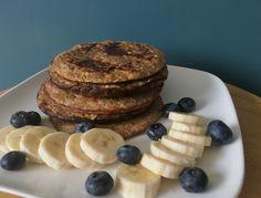 Pannenkoekjes met havermout en banaan. Een erg lekker en makkelijk te maken recept met weinig ingrediënten, enjoy!