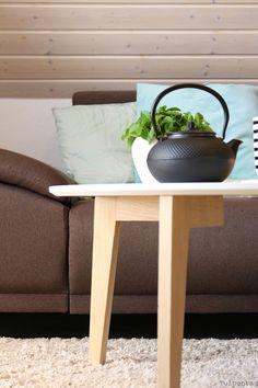 Tulpentag: Herbsttag mit Tee und Kerzen #Deko #Wohnzimmer #Sofa #Kissen #Herbst
