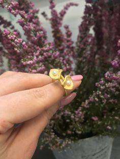 #biżuteriaartystyczna #pierścionek #perły #art #margotstudio
